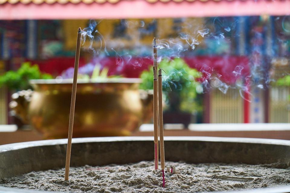 incense-3049920_960_720.jpg